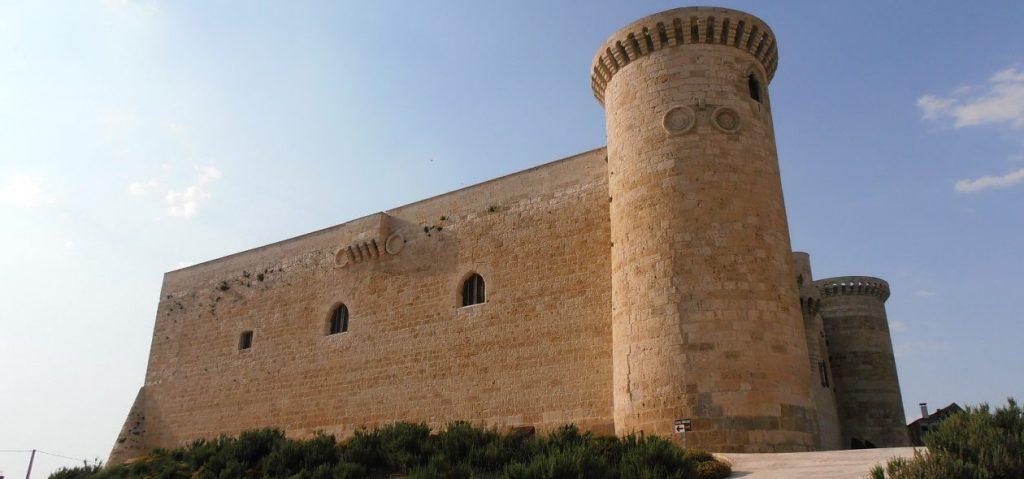 cropped-Castillo-de-Fuentes-de-Valdepero-web-1.jpg